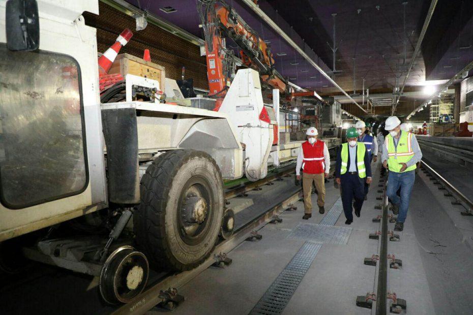 El Alcalde de Quito realizó un recorrido para constatar la reactivación del Metro de Quito.