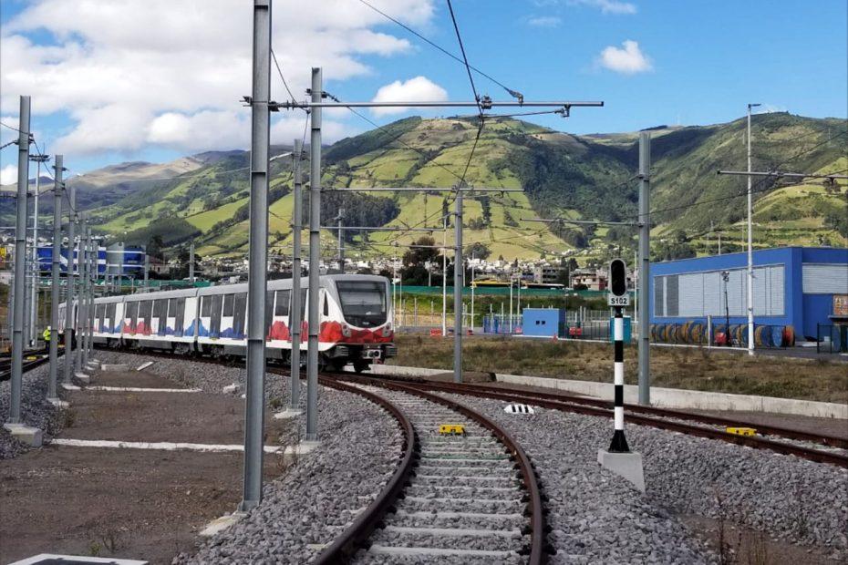 El Metro de Quito presentó un nuevo modelo de gestión basado en la calidad del servicio y la integración de todos los sistemas.