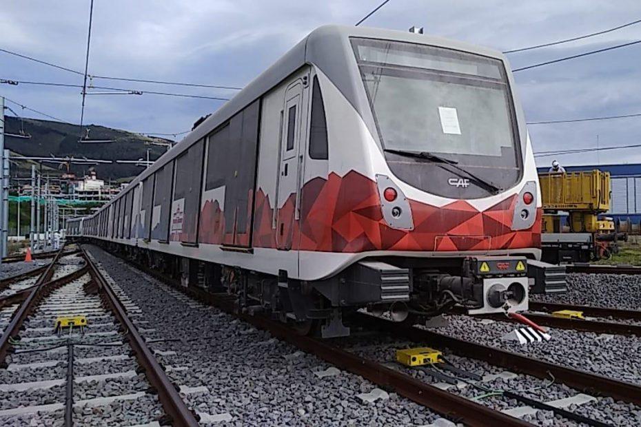 El 17 de julio se reinició el movimiento de trenes de la primera línea del Metro de Quito en Talleres y Cocheras, sector Quitumbe.
