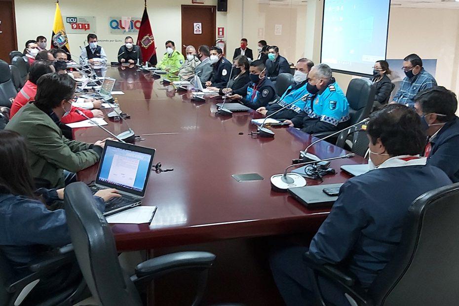 El Metro de Quito realiza mesas de trabajo con autoridades de las entidades de seguridad de la ciudad y del país.