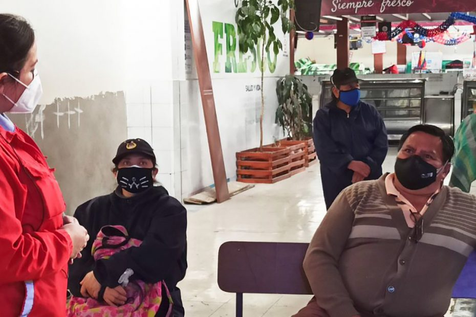 El 1 de diciembre, en el mercado San Francisco, 35 comerciantes recibieron información sobre la 'MetroCultura'.