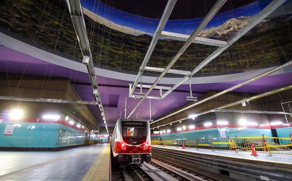 La entrega definitiva de las estaciones del Metro de Quito comenzó hoy siguiendo la planificación.