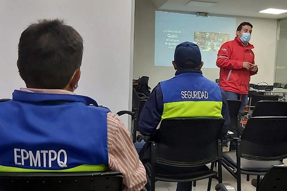 El 14 de junio se realizó el primer taller presencial de MetroCultura con personal de la Empresa de Pasajeros.